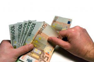 Valittaminen ei auta, jos laskun eräpäivä on huomenna euroja 5