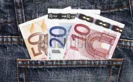 Uudet pikavipit vähentyneet vuonna 2015? rahaa 4