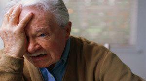 Eläkeläisilläkin talousvaikeuksia - taustalla sairauksia ja vippaamista vanhus 3
